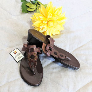 Predictions Shoes - Predictions Leather brown sandals Sz 8